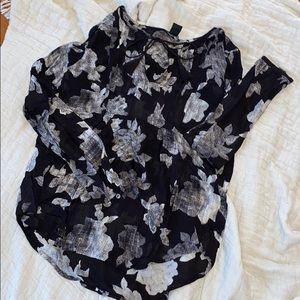 L u c k y  B r a n d • Floral blouse